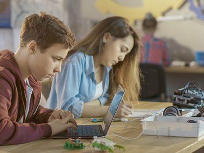 4 atividades extracurriculares para alunos de escola técnica